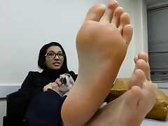 Fledgling Trampling brings you Foot Fetish gonzo mov