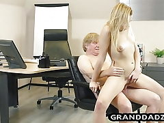 Young boss gets her podophilia satisfied by old worker
