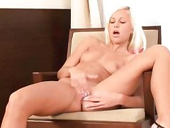Young blonde stripping and draining