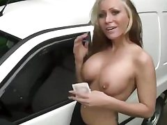Luky truck driver gets his dick throated by this naughty nubile blonde